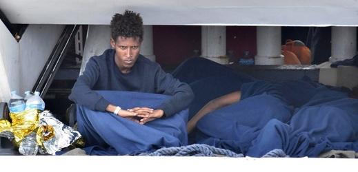 Migranti se doplavili k italskému ostrovu Lampedusa.