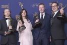 """Zleva: Ronan Hill, Onnalee Blank, Richard Dyer, and Mathew Waters, kteří získali ocenění za skvělý zvukový mix pro komedii nebo drama (1 hodina) pro hru """"Thrones - Beyond the Wall"""""""