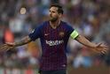 Lionel Messi vstřelil PSV dva góly.