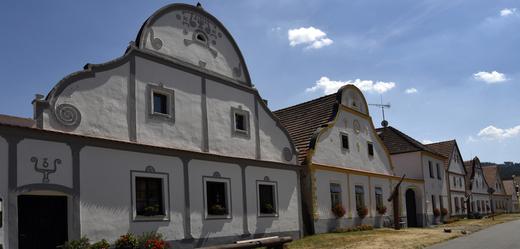 Selské baroko v Holašovicích.