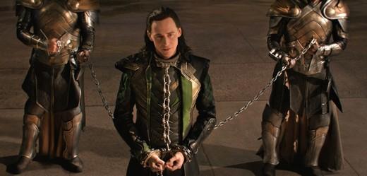 Loki dostane svůj vlastní seriál (Tom Hiddleston).