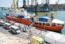 Loď Aquarius zachránila 11 migrantů u Libye, hledá přístav.