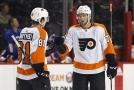 Hráči New York Islanders oslavují branku (ilustrační foto)