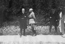 První československý prezident Tomáš Gariggue Masaryk (vlevo) a francouzský generál Maurice César Joseph Pellé.