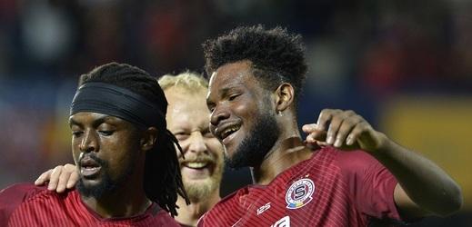 Fotbalisté Sparty se radují z výhry nad Libercem.