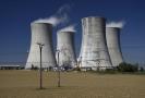 Chladící věže jaderné elektrárny Dukovany.