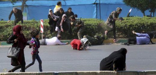 Momentka z útoku v Ahvázu.