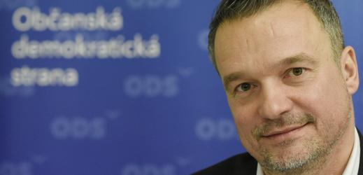 Kandidát na starostu Prahy 10 Filip Humplík.