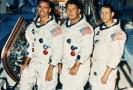 Z leva R. Walter Cunningham, Walter Schirra Jr. a Donn F. Eisele.