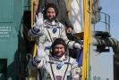 Ruský kosmonaut Alexej Ovčinin (dole) a americký astronaut Nick Hague.