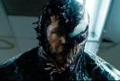 Snímek z filmu Venom.