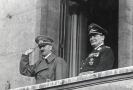 Adolf Hitler a Hermann Goering.