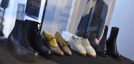 K vidění budou i boty od Bati.