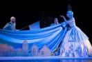 Snímek z inscenace Sněhová královna.