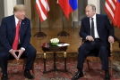 Americký prezident Donald Trump (vlevo) a ruský prezident Vladimir Putin.