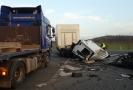 Havárie na silnici I/4 u Drhovle.
