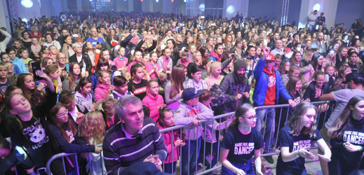 A total of 2,135 participants in the Life Entertainment Festival! surpassed at the Brno Exhibition Center a record of the number of the dance at one place in one place.