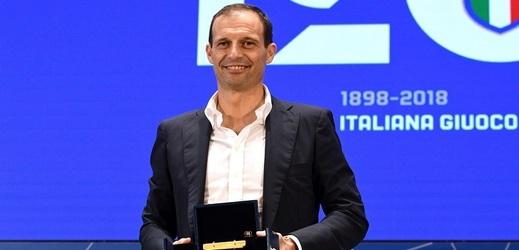 Massimiliano Allegri byl vyhlášen nejlepším italským koučem za sezonu 2017/2018.
