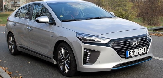 Hyundai IONIQ Hybrid.