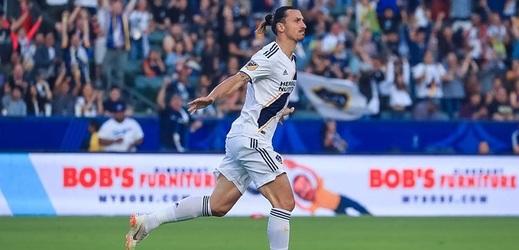 Ibrahimovicova první trefa za Los Angeles je v MLS gólem roku.