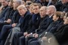 Ve Francii se sešli světoví lídři, aby uctili památku obětem pařížského útoku.