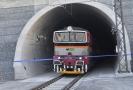 Nejdelším tunelem u Plzně projel první vlak.