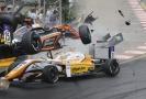 Pilotka Flörschová krátce po nehodě myslí na návrat do formule.