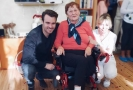 Leoš Mareš koupil seniorce elektrický vozík.