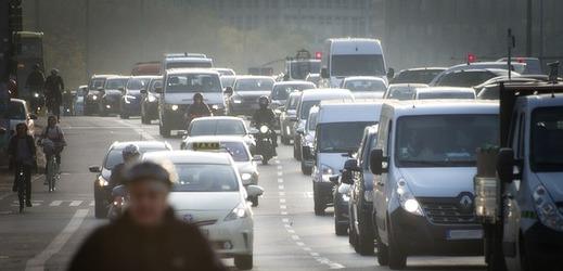 Vyřešit otázku jak na první pohled rozeznat auto splňující emisní požadavky není jednoduché.