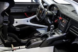 Porsche představilo novou 911 a závodní 911 GT2 RS