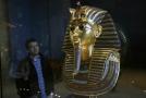 Pohřební maska krále Tutanchamona.