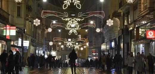 Vánoce se blíží rychlostí blesku a obchodníci očekávají rekordní tržby.