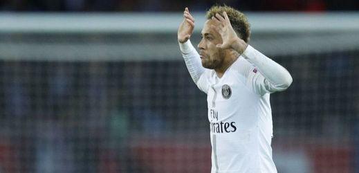 Brazilec Neymar ve službách PSG.