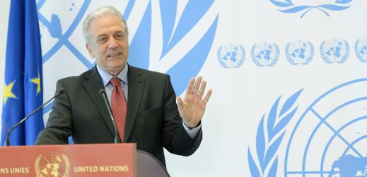 Evropský komisař pro vnitro Dimitris Avramopulos.