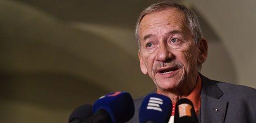 Šéf Senátu Jaroslav Kubera (ODS).