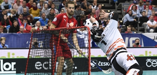 Patrik Dóža se jedním gólem podílel na výhře 10:1 nad Dánskem ve čtvrtfinále MS.
