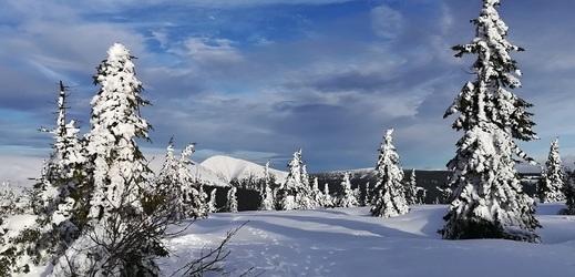 Nejvyšší česká hora Sněžka.