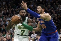 Basketbalisté Bostonu porazili Knicks.