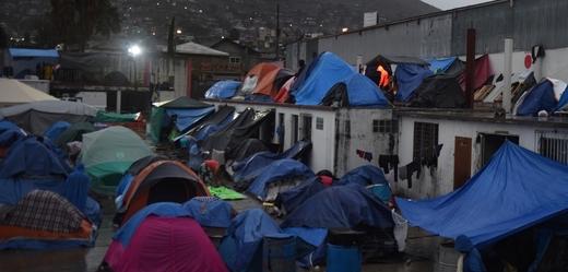 Uprchlický tábor v Tijuaně.