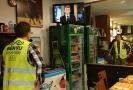 Projev prezidenta Macrona si nenechal ujít ani muž ve žluté vestě, symbolu protestů ve Francii.