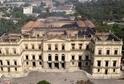 Brazilské Národní muzeum vzplálo ze zatím neznámých důvodů.