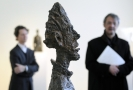 Socha s názvem Grand tete de Diego od švýcarského sochaře a malíře Alberta Giacomettiho.