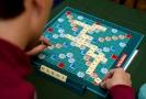Scrabble - oblíbená zábava Alžběty II. nebo Jarka Nohavici.