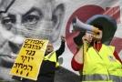 Izraelci protestovali ve žlutých vestách proti zdražování.