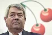 Komunisté jsou s tolerancí vlády spokojeni, až na dva ministry