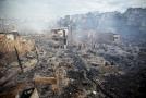 Oheň v okolí brazilského Manaus zničil nejméně 600 domů.