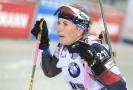 Biatlonistka Lucie Charvátová v cíli závodu Světového poháru v Novém Městě na Moravě.