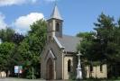 Kaple Sv. Izidora rolníka na cyklotrase O (podél ulice Ostravské k Vrbickému jezeru).
