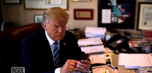 Trumpovy první krůčky na twitteru byly absolutně nekontroverzní.