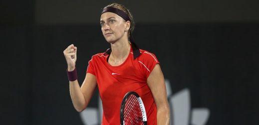 Petra Kvitová nedala Sasnovičové šanci, povolila ji pouhé tři gamy.